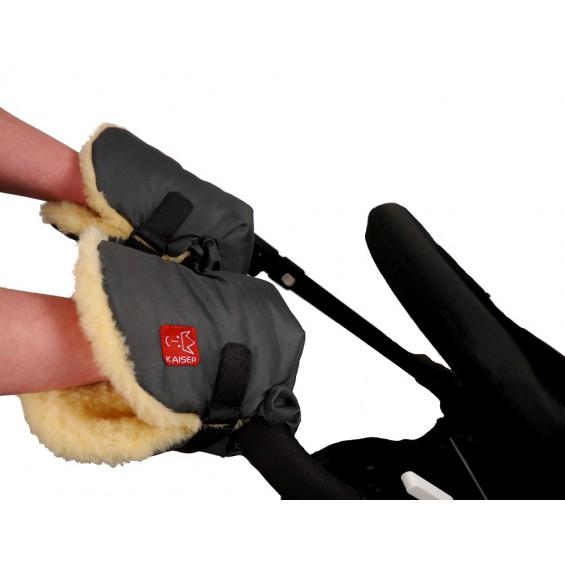 Handenwarmers met lamsvacht voor achter de kinderwagen